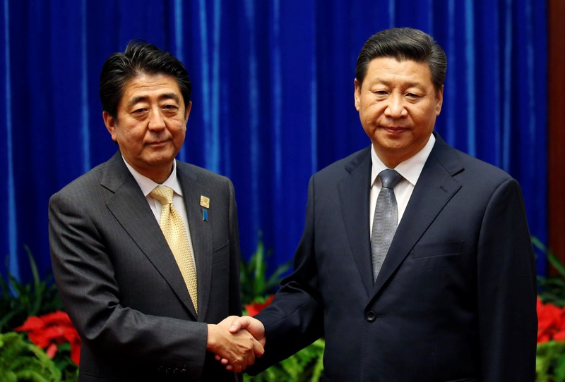 Abe-Xi summit in November 2015: who is encircling whom?